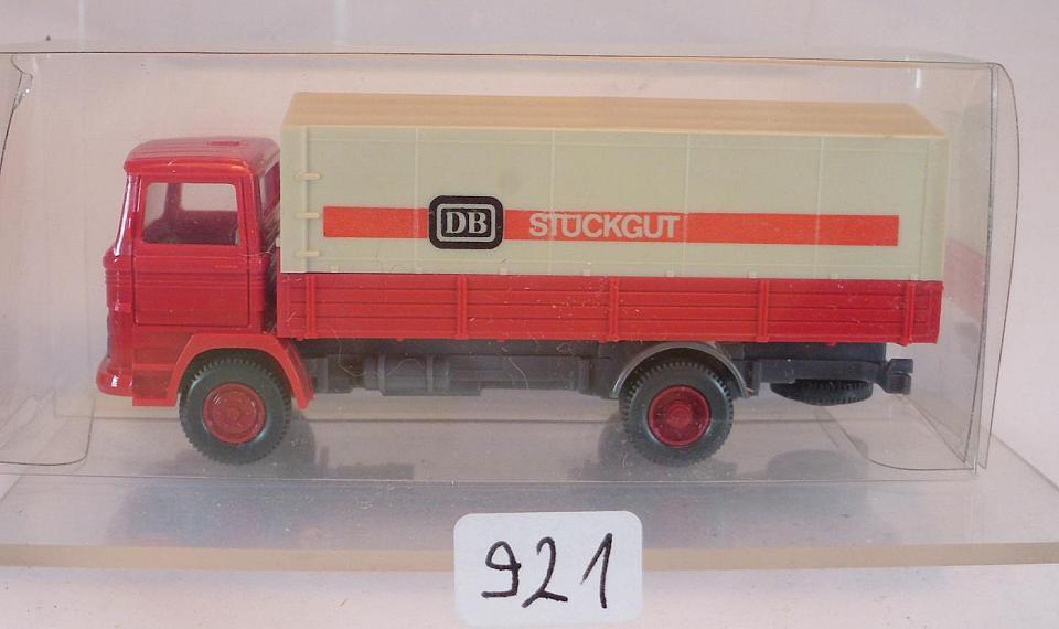 1//87 Wiking MB 1317 DB Stückgut rot 437 2 A